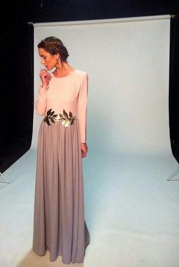 La Más Mona | Alquiler de vestidos y accesorios