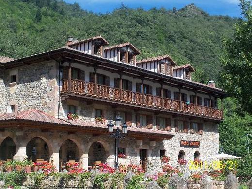 Hotel El Oso SL