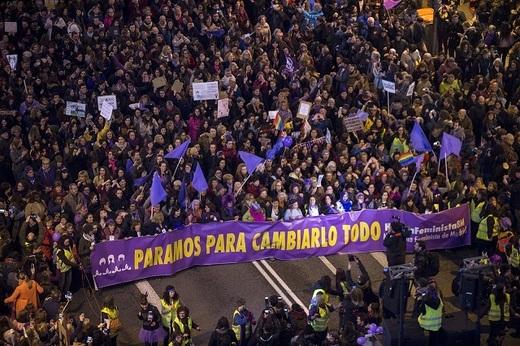 25N Manifestación feminista. Rosa Cobo