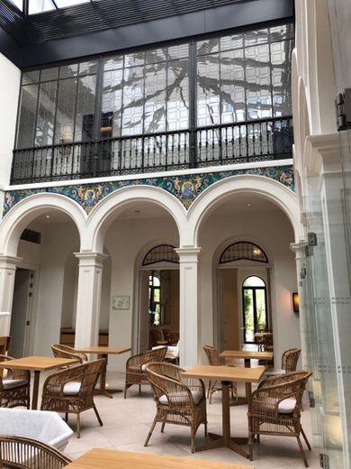 Hotel H10 Palacio de Colomera