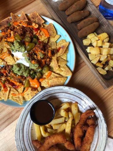 El Ojopatio · Restaurante Bar en Teatinos