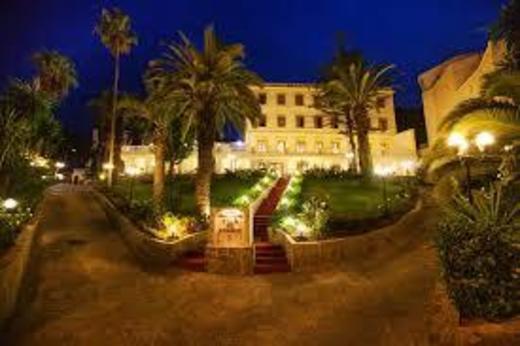Grand Hôtel Villa de France
