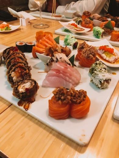 Pleasure Sushi Bar