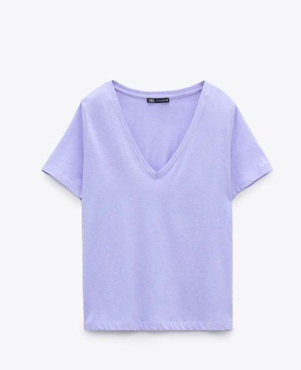 Camiseta v básica