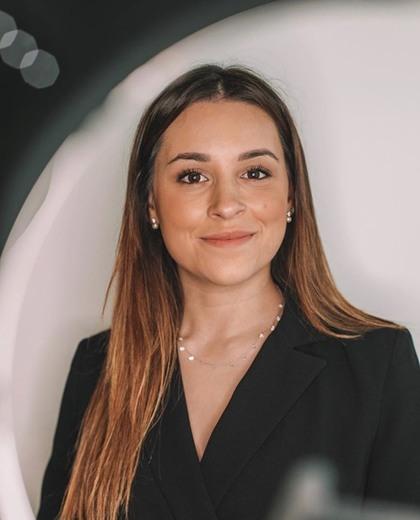 Adriana Da Silva (@adri.silvaaa) • Instagram photos and videos