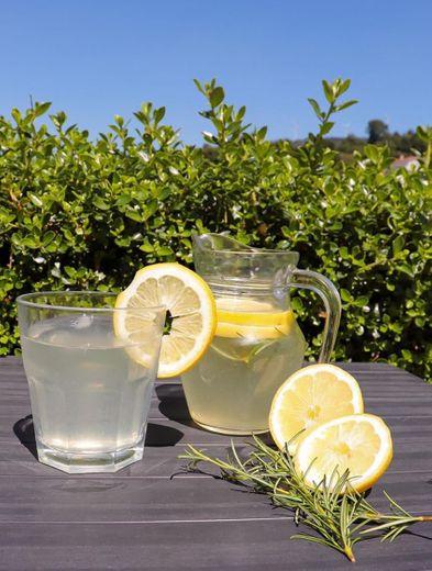 Limonada com Alecrim