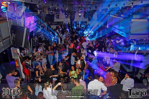 Docks Club - Porto De Lisboa - Bar Dançante E Restaurante, S.A.
