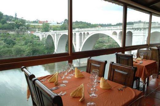 Restaurante Ponte de Pedra