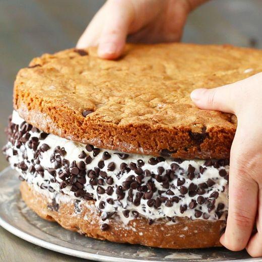 Giant Cookie Ice Cream Sandwich🖤🖤