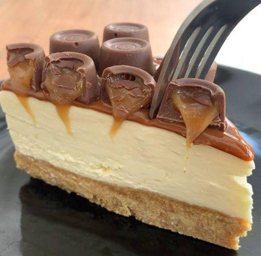 Rolo caramel cheesecake
