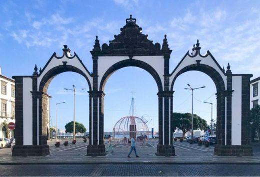 Portas da Cidade - Ponta Delgada - São Miguel, Açores