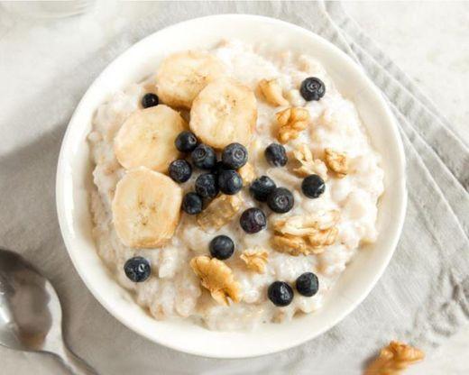 22 desayunos sanos y rápidos para empezar bien el día - Porridge ...