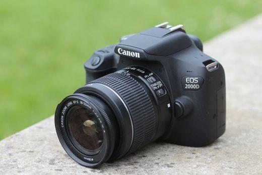 Canon EOS 2000D - Cámara réflex de 24.1 MP