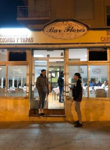 Bar Flores , la Puebla De Vicar