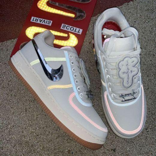 Sneakers UOMO NIKE Sneakers UOMO Air Force 1 Low Travis Scott AQ4211
