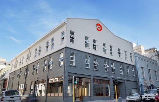 91 Loop Boutique Hostel
