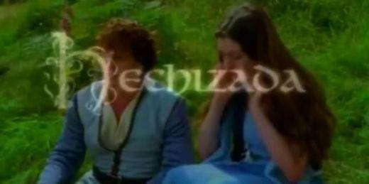 HECHIZADA (Trailer español) - YouTube