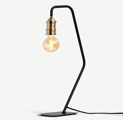 Lámpara de mesa Starkey, negra y latón   MADE.com
