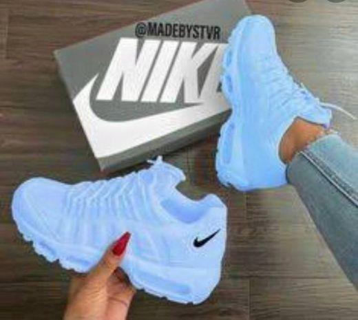 Nike T-Lite 11, Zapatillas de Cross Training para Hombre, Blanco