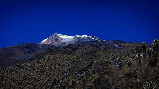 LOS NEVADOS - PARAÍSOS POR DESCUBRIR EN COLOMBIA