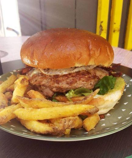 AIRES Burger Bar