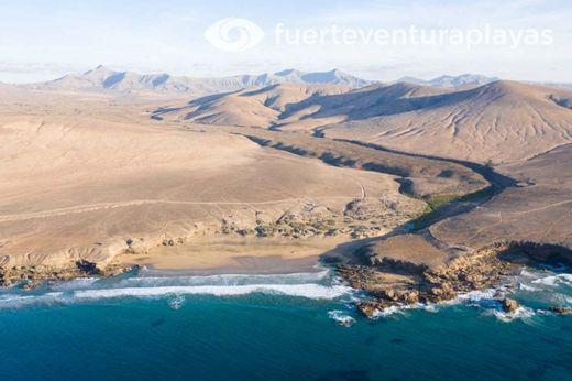 Playa Jarugo